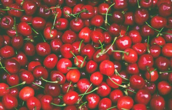 Apple Cider Vinegar with Cranberry Juice Detox Drink