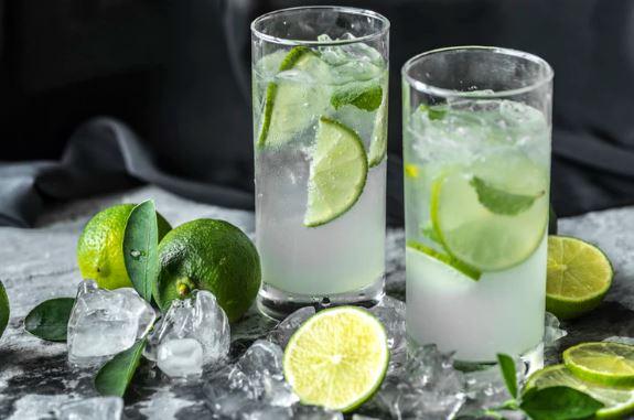 Lemon & Apple Cider Vinegar Detox Drink